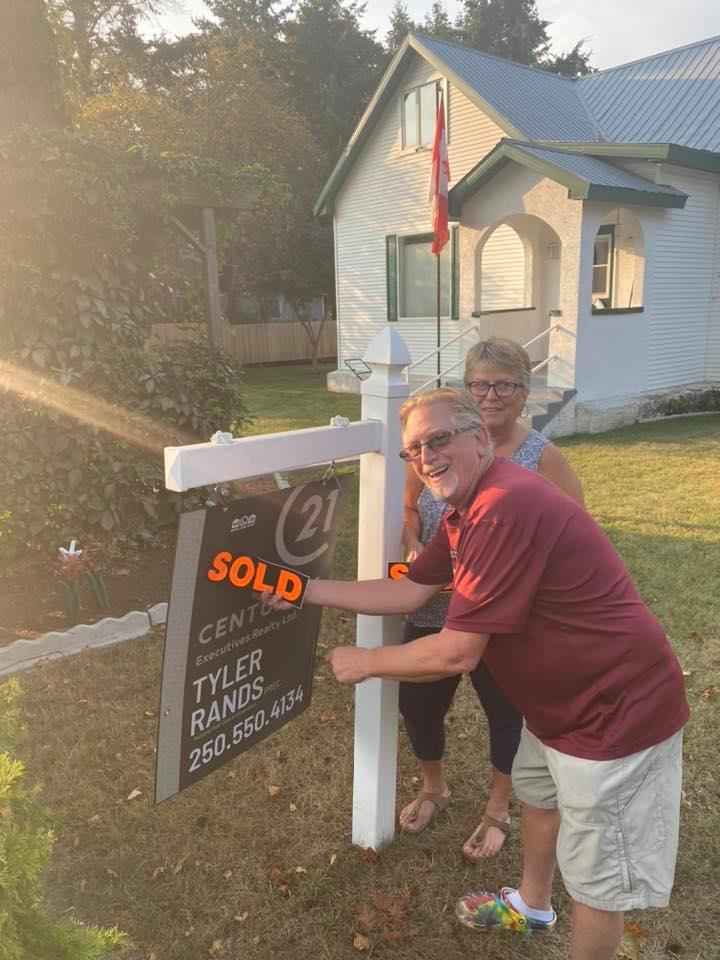 house sold in enderby bc - busy real estate market in rural area